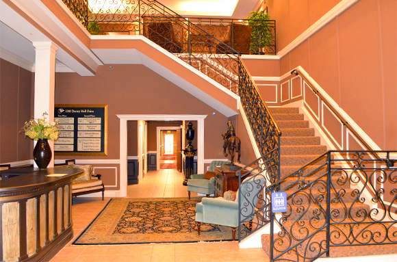 Elicot location stair case